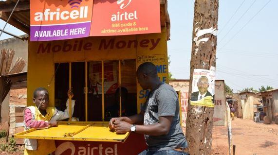 'Stop met microkredieten en financier het MKB'