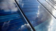 Nuon, onderdeel van Vattenfall, stapt in grootschalige zonneparken in Nederland