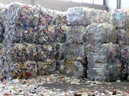 In welke bedrijfssectoren liggen kansen voor beleggers in de strijd tegen plasticvervuiling?