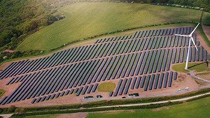 Nuon start crowdfunding voor eigen zonneparken