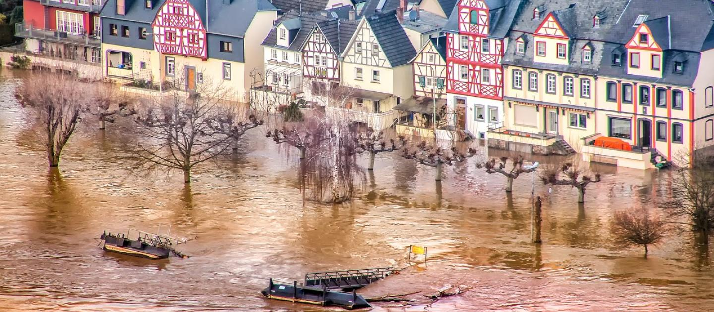 UN Environment convenes world's insurers to assess intensifying climate change impacts in bid to protect communities and economies