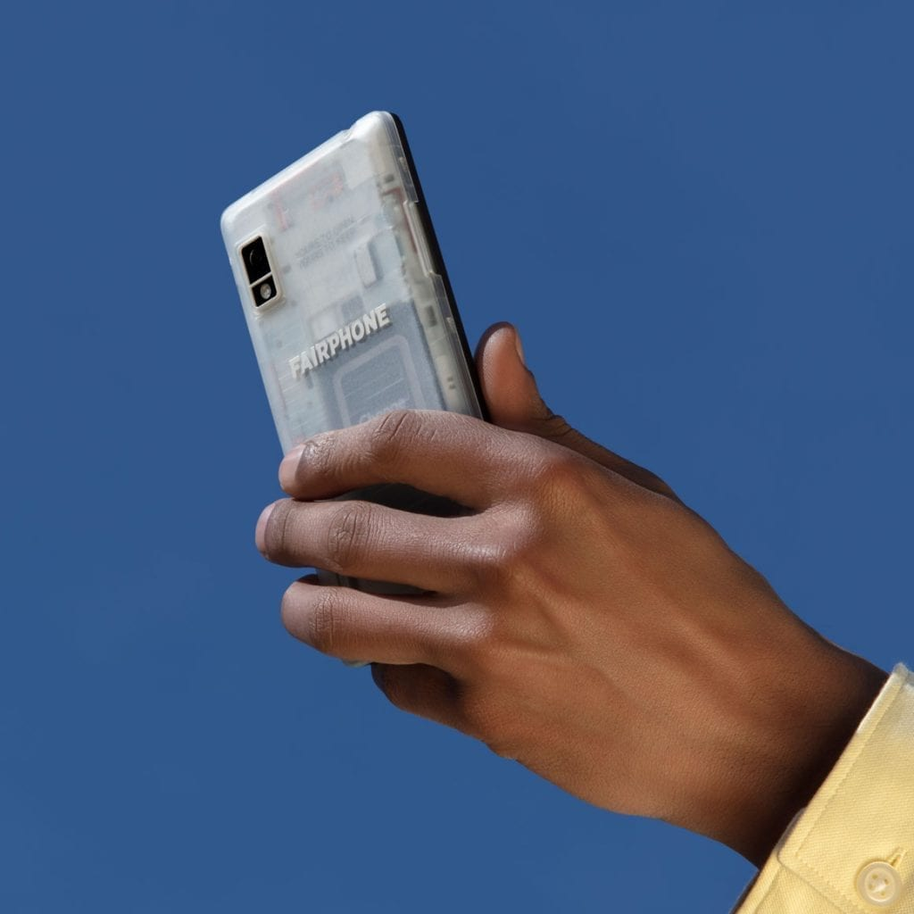 Fairphone surpasses investment target with €7 million from impact investors