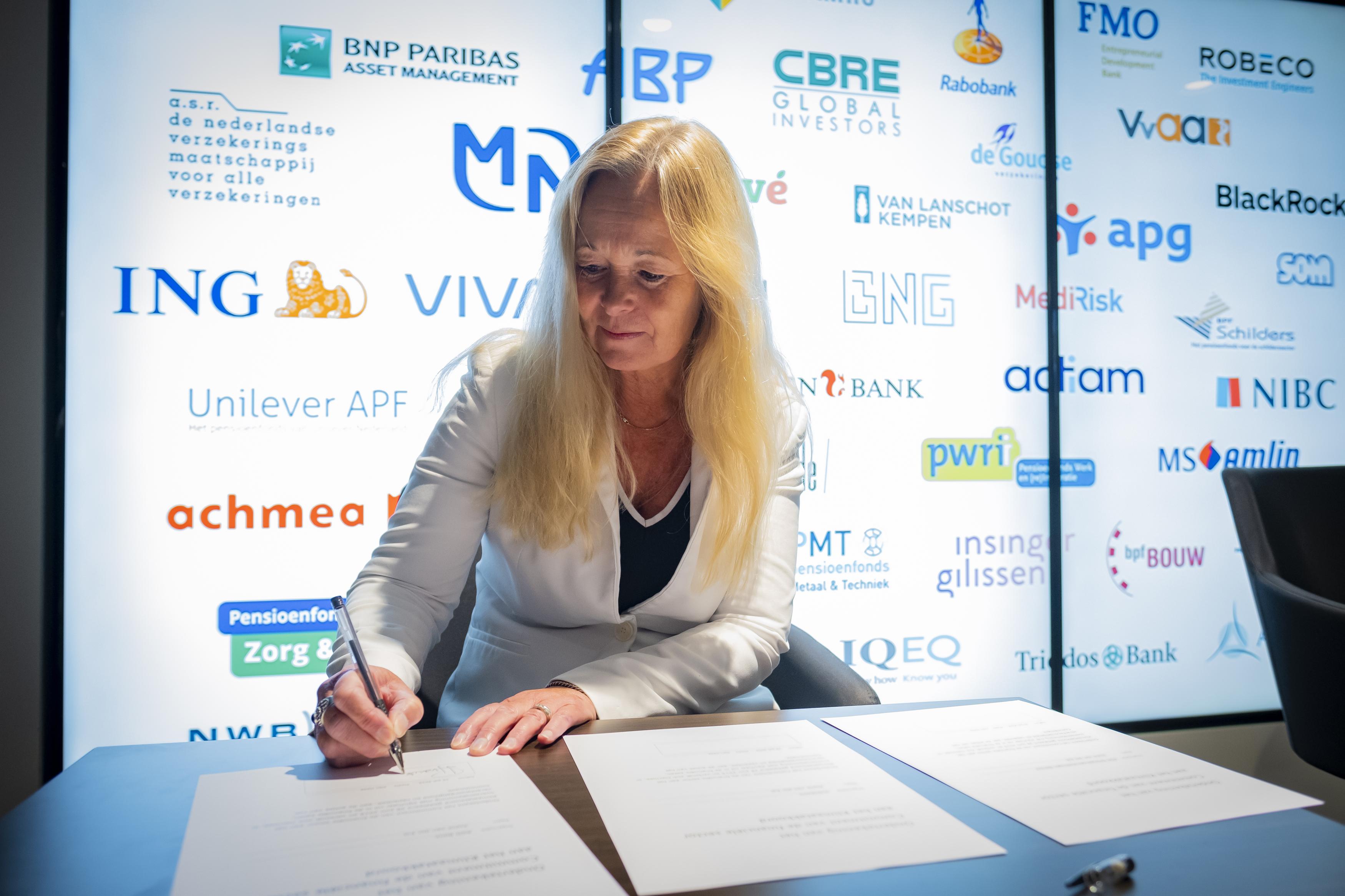 ASN Bank tekent voor klimaatcommitment