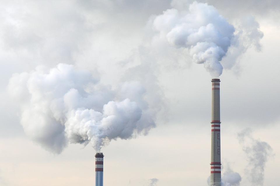 """Greenpeace: """"Pensioengeld van miljoenen Nederlandse ambtenaren en onderwijzers vaker geïnvesteerd in fossiele brandstoffen"""""""
