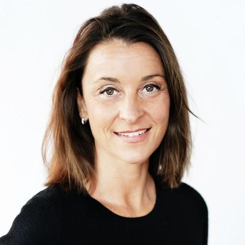 """Irina van der Sluijs (ASN Bank): """"Leefbaar loon in de kledingindustrie"""""""