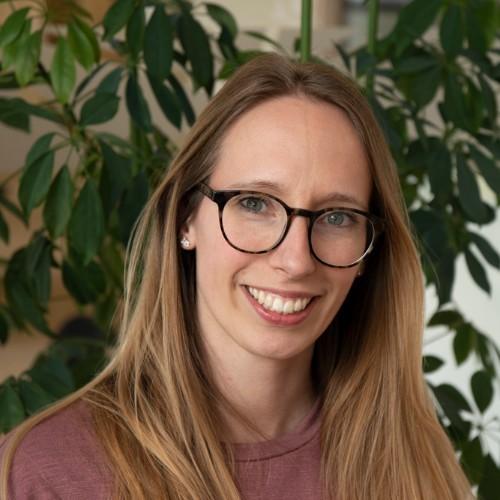 """Jonna Tjapkes (ASN Bank): """"Stap voor stap naar eerlijke farma"""""""