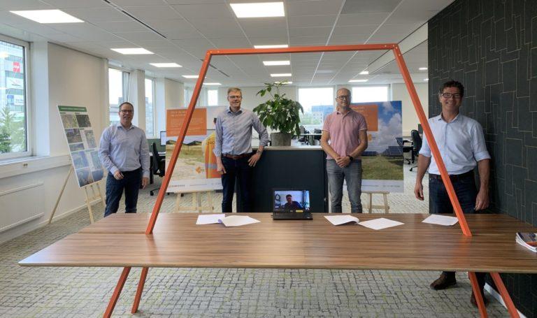 Start realisatie zonneweides in Apeldoorn met financiering Rabobank
