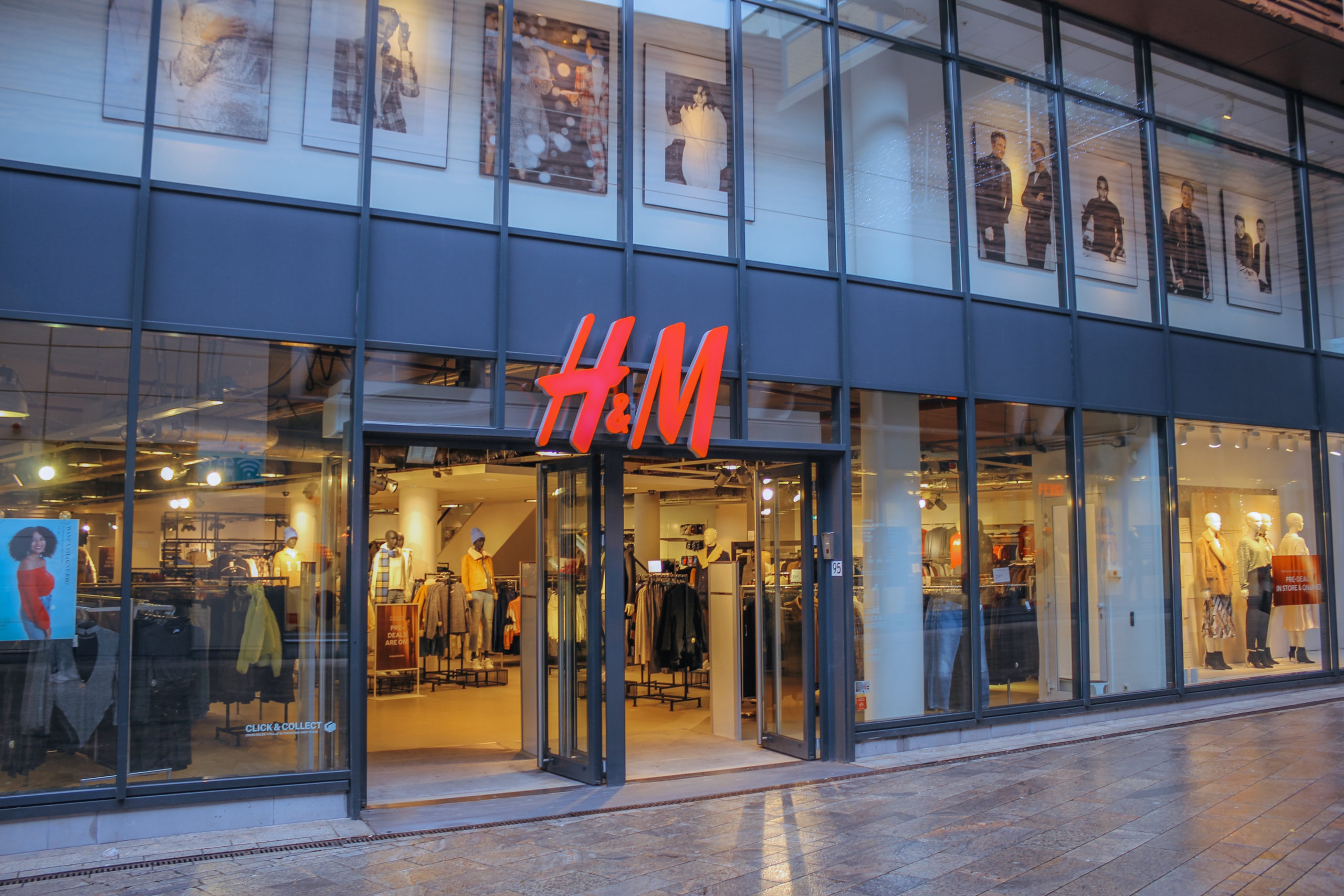 H&M issues 500 million euro sustainability-linked bond